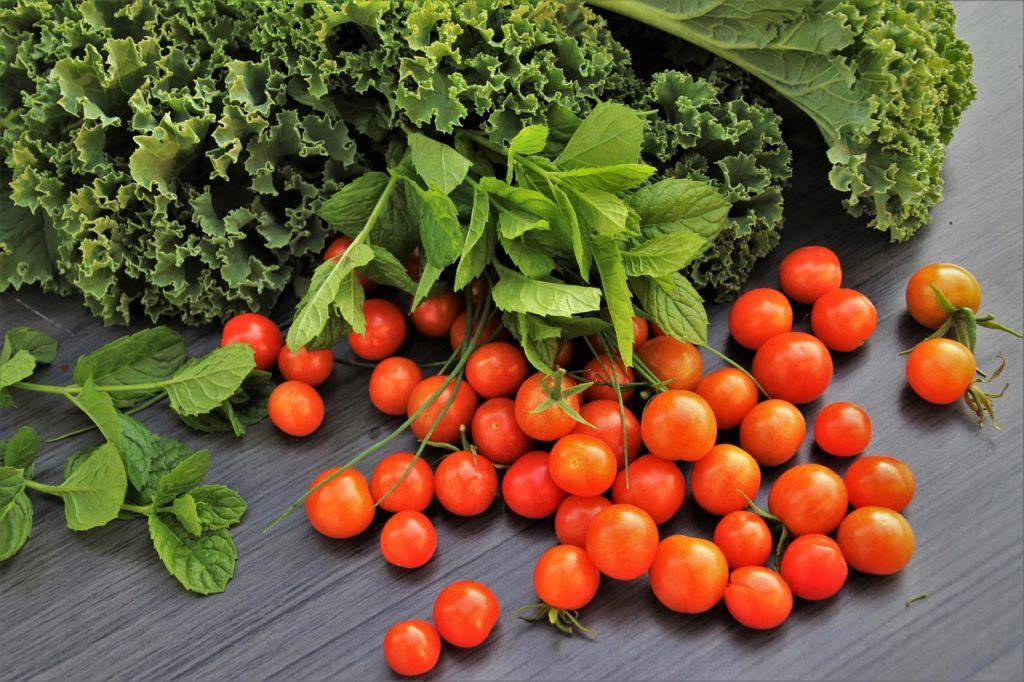Медики назвали найкорисніші для нервової системи продукти: їжа допомагає долати стрес