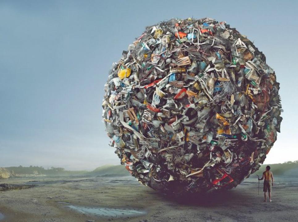 В Японии ответственность за переработку отходов лежит на производителях, в Украине — на перевозчиках