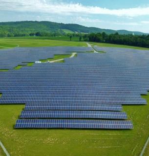 На Черкащині запрацювала сонячна електростанція, яка живитиме понад 11 000 домогосподарств