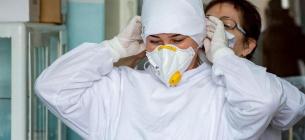 За сутки COVID-19 заболела почти тысяча украинцев