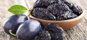 Лікарі радять їсти два плоди на день