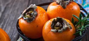 Лікарі радять з'їдати три штуки цього фрукту на тиждень