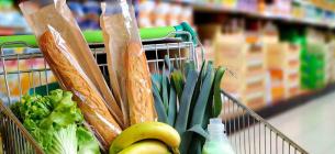 Фрукти. овочі та алкогольні напої виявилися найзатребуванішими товарами на карантині