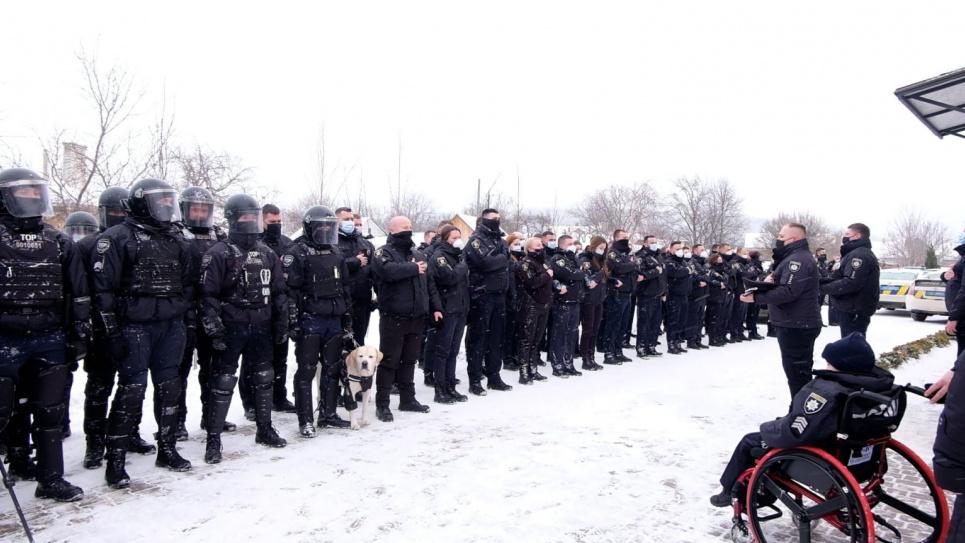 """Фото """"Шпальта медіа"""" - Поліція здійснила мрію важкохворого 10-річного хлопчика"""