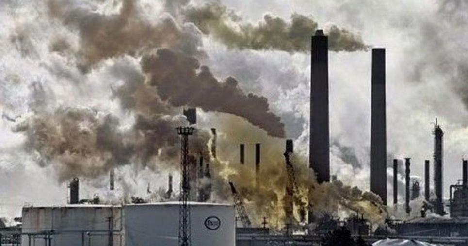 Экологический законопроект о контроле за промышленными выбросами в атмосферу направили на подготовку к повторному первому чтению