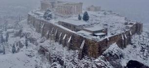 Акрополь у снігу: в Афінах випав перший за 12 років сніг