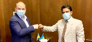 Українців будуть вакцинувати проти COVID індійською вакциною
