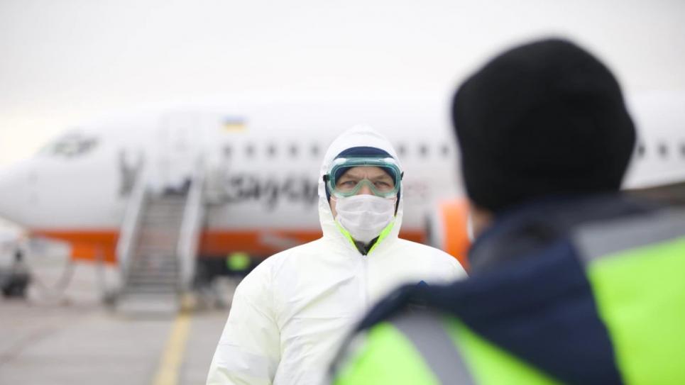 Індійська вакцина проти ковіду прибула в Україну