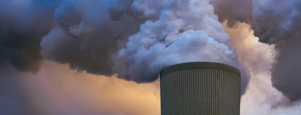 Уряд продовжує відкладати план зі зменшення шкідливих викидів у атмосферу в довгу шухляду
