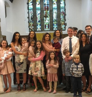 Подружжя за 32 роки 22 рази ставало батьками