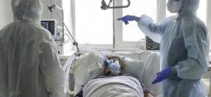 Знов понад 8000 тисяч нових хворих на COVID