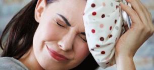Голова може боліти і через гостру їжу, в якій міститься капсаїцин.