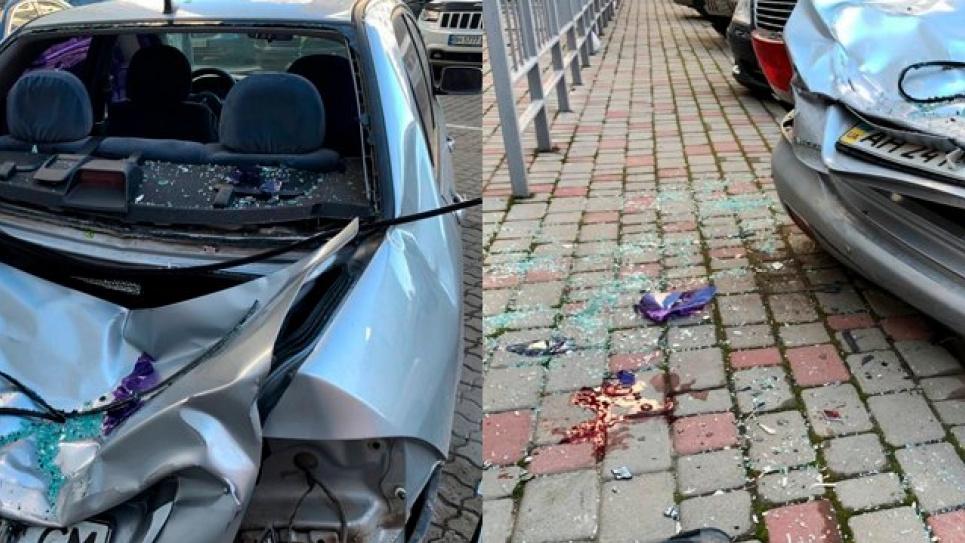 Молодик упав на припаркований біля будинку автомобіль