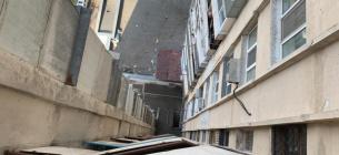 В Одесі хлопець вистрибнув з балкона 15-го поверху