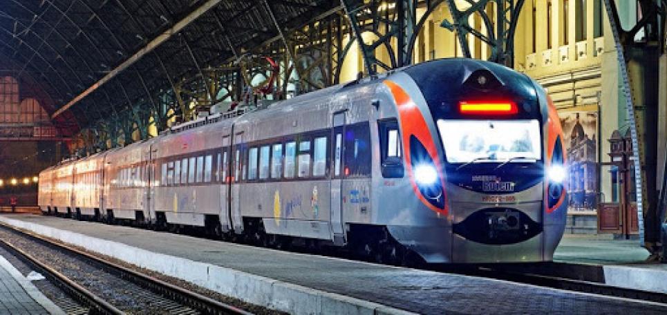 Кроме того, с введением в регионе усиленного карантина будет ограничена высадка-посадка пассажиров