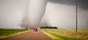 У США одразу 20 торнадо наробили лиха в кількох американських містах