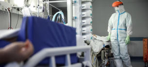 Майже 1,5 тис людей знову захворіли на COVID-19, вірус повертався вся через 2-8 місяців