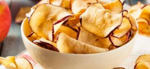 На Одещині навчилися робити чіпси з персика і нектарина. Фото ілюстративне