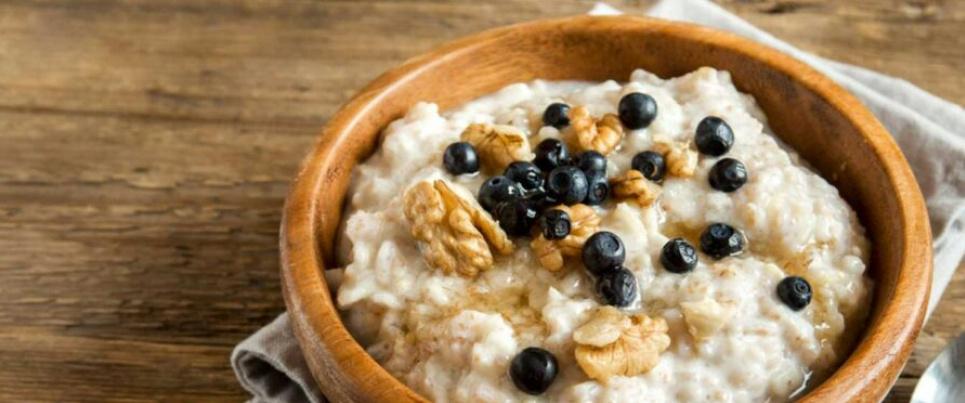 Вчені виявили, що сніданок до 8:30 помітно знижує ризики діабету.