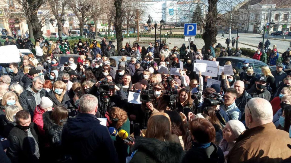Фото «УНІАН». У Чернівцях підприємці повстали проти карантину