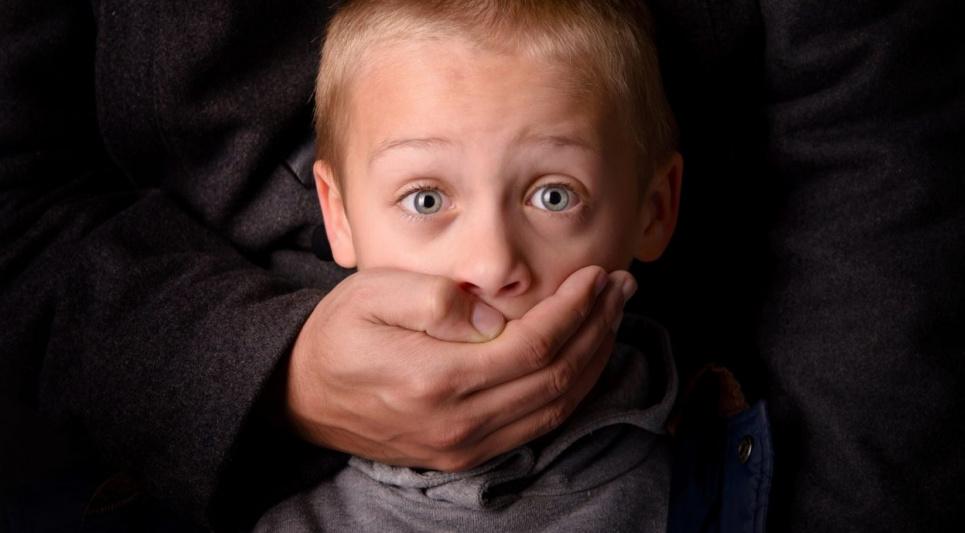 Родителей, которые похищают у жен и партнерш собственных детей, хотят наказывать по закону