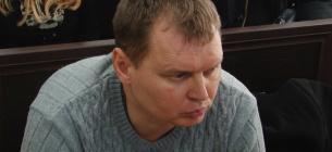 Поліцейський Олександр Руденко. який намагався живцем спалити собаку, продовжує працювати у правоохоронних органах