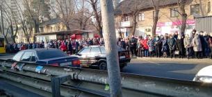 Фото «Прямий». У столиці транспортний і пасажирський хаос