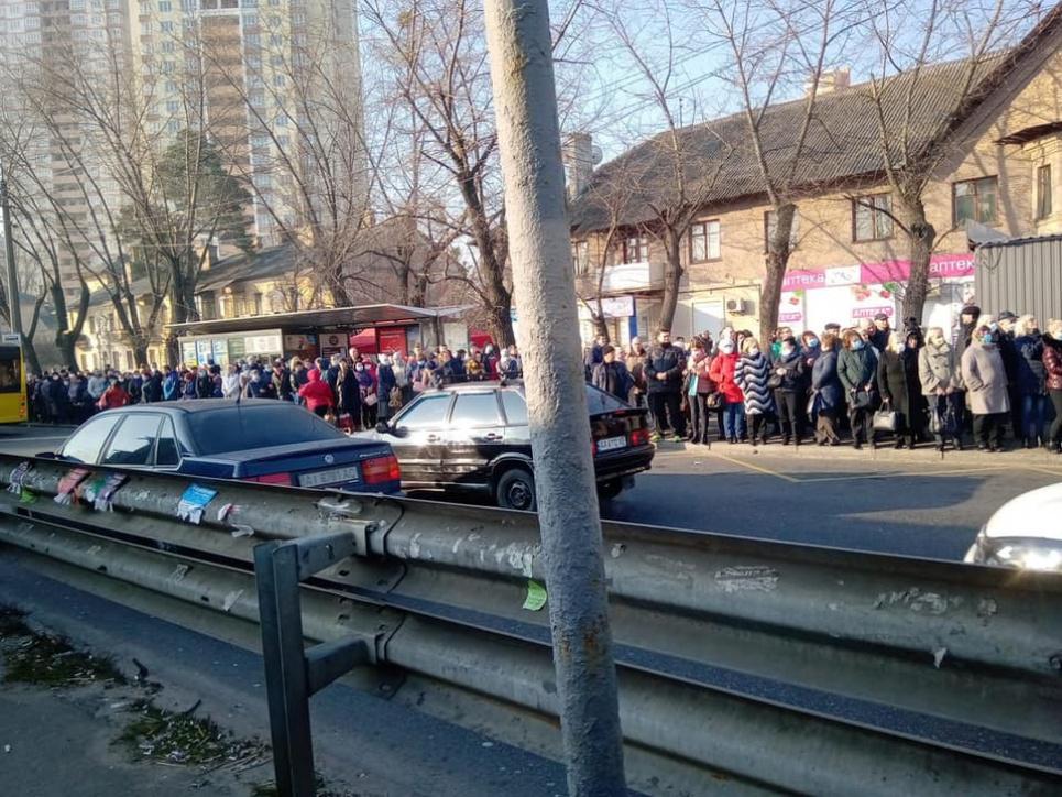 Фото «Прямий». Но пока в столице транспортный и пассажирский хаос