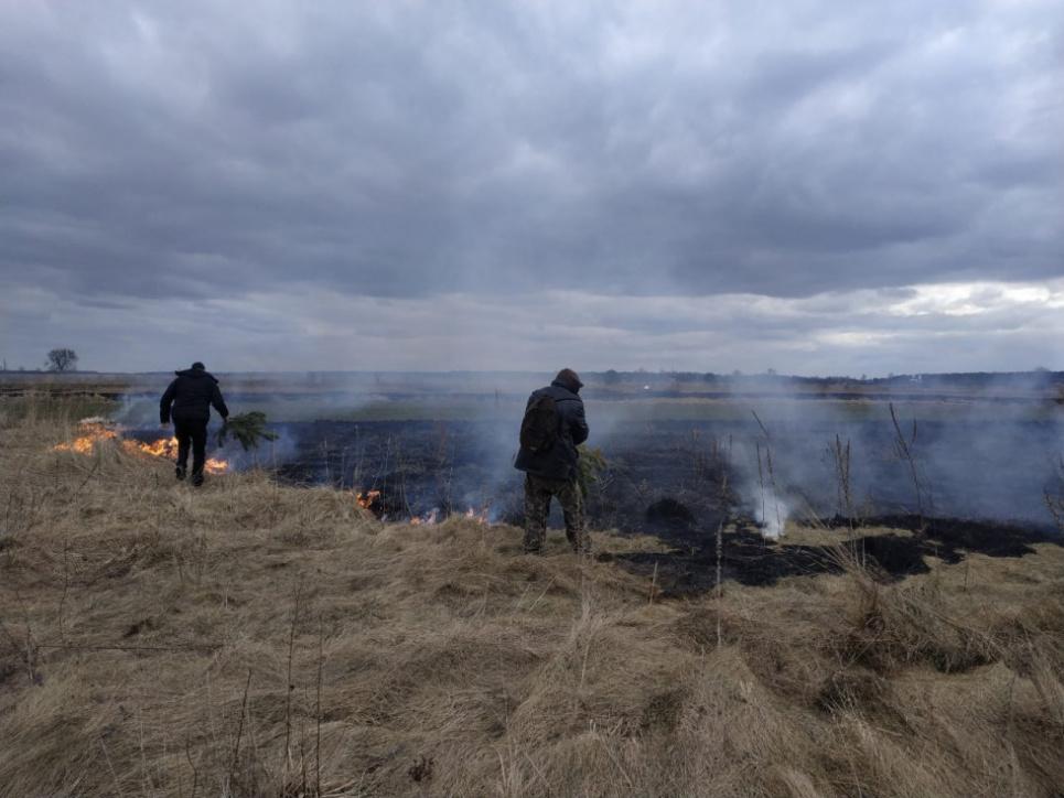 На Закарпатье поджигатель стал жертвой пожара, который сам и поджег