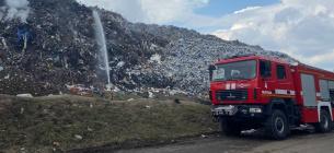 На Полтавщині вже тиждень горить сміттєзвалище. Фото: Суспільне Полтава