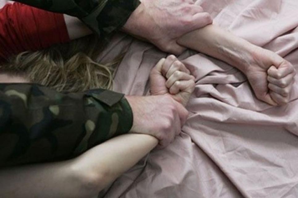 У Києві чоловік напав на школярку та зґвалтував її
