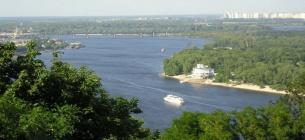 До Канева та Чорнобиля: з Києва запустять туристичні маршрути по Дніпру