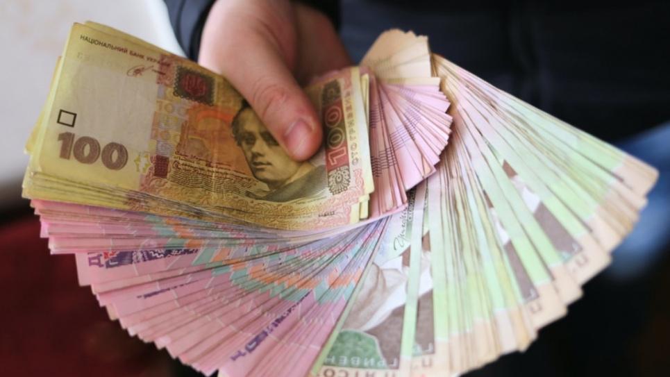 Нардепи повернули українцям виплати лікарняних