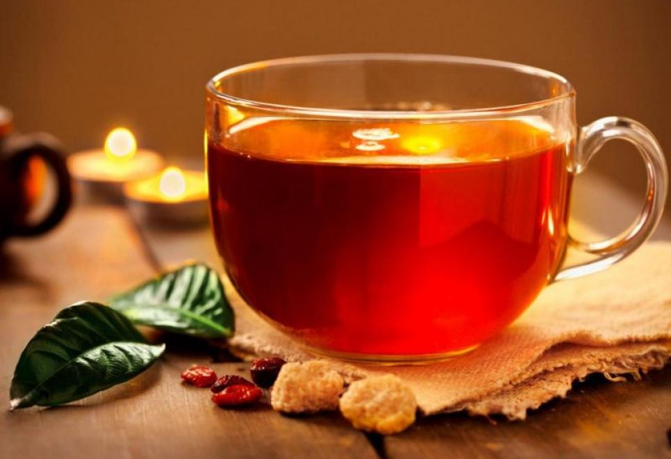 Який смачний напій допоможе гіпертонікам знизити тиск