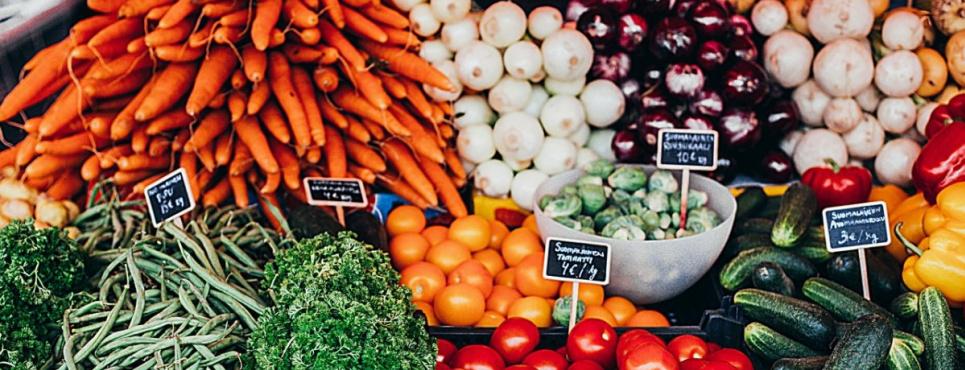 Врач советует выбирать яркие натуральные продукты и есть их каждый день