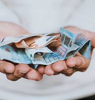 Відсьогодні можна подавати заявки на отримання 8 тисяч компенсації за карантинні обмеження