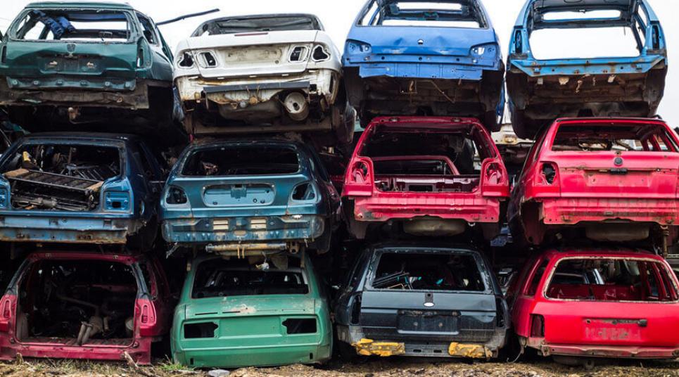 Французы получат за утилизацию старой машины 2500 евро