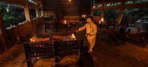 В Індії лютує коронавірус, крематорії тіла покійників не приймають
