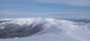 За кілька днів до травня Карпати вкрилися снігом