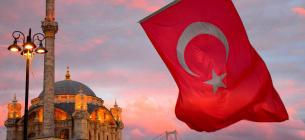 Турцию закрывают на локдаун