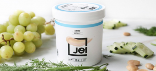 Компанія створила унікальне молоко, яке можна зберігати відкритим дев'ять місяців