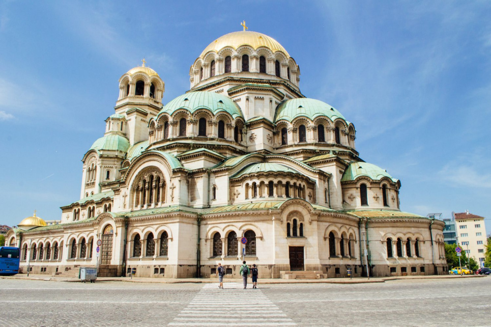 Болгария открывает границы для иностранных туристов