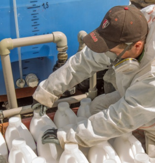 Безкоштовна утилізація тари з-під пестицидів та агрохімікатів – вперше в Україні