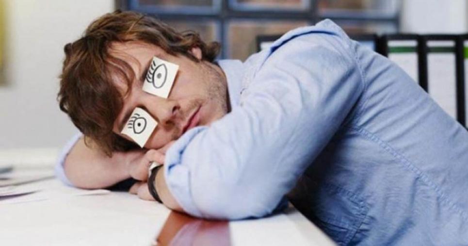 Що відбувається з мозком через постійне недосипання — дослідження