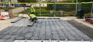 В Испании появилась первая солнечная станция-тротуар: она будет питать электричеством три дома