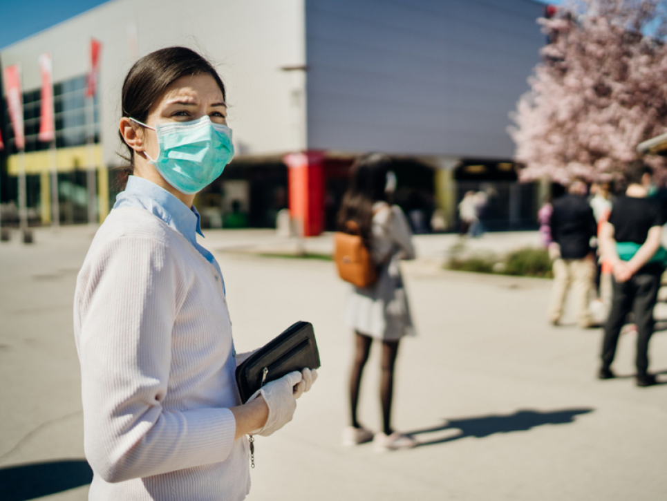 За последние сутки пандемия унесла жизни 203 украинцев, заболели более 5 тыс. человек