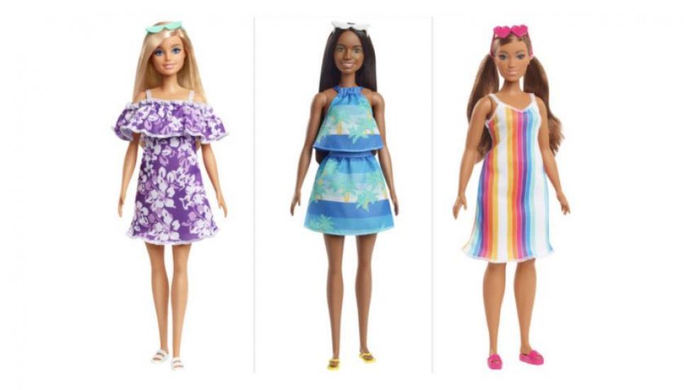 Барби становится зеленой: созданы куклы из переработанного океанического пластика