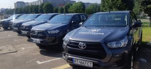 Вісім заповідників Карпатського регіону отримали 31 пікап для охорони території