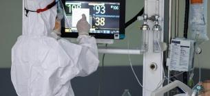 COVID-19: Україна вакцинується повільніше, ніж хворіє