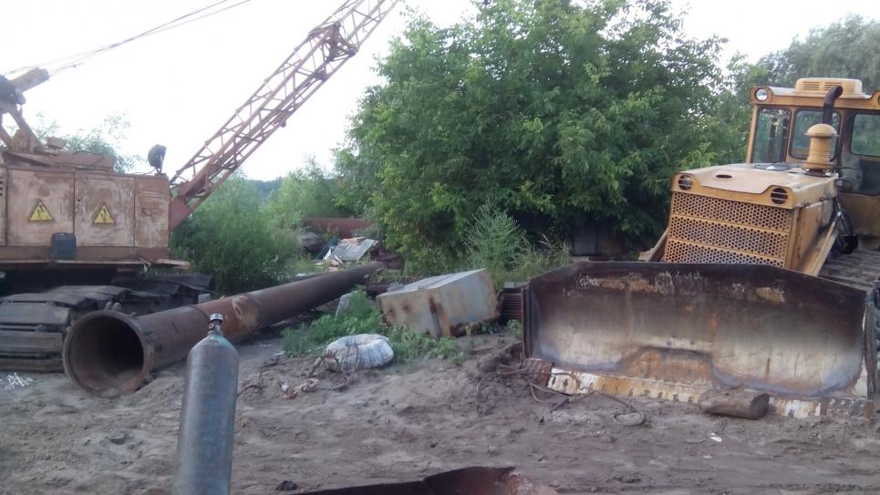 У Києві знищується озеро Вітовець: екологи говорять про варварський видобуток піску
